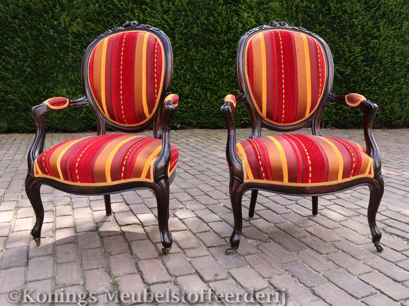 antieke-stoelen-stofferen