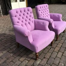 Dièz Toscana fauteuils opnieuw bekleed.