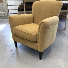 Een moderne stof op de stoel.